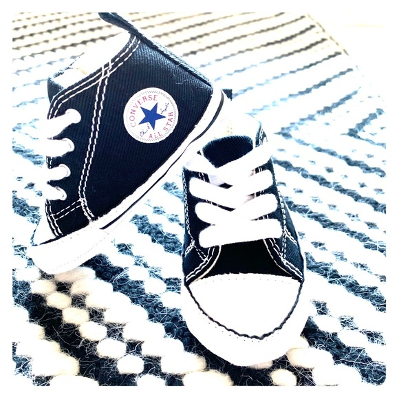"5444cfb590018c Converse Baby ""First Star"" Hi-Top s - Black (sz 3)"